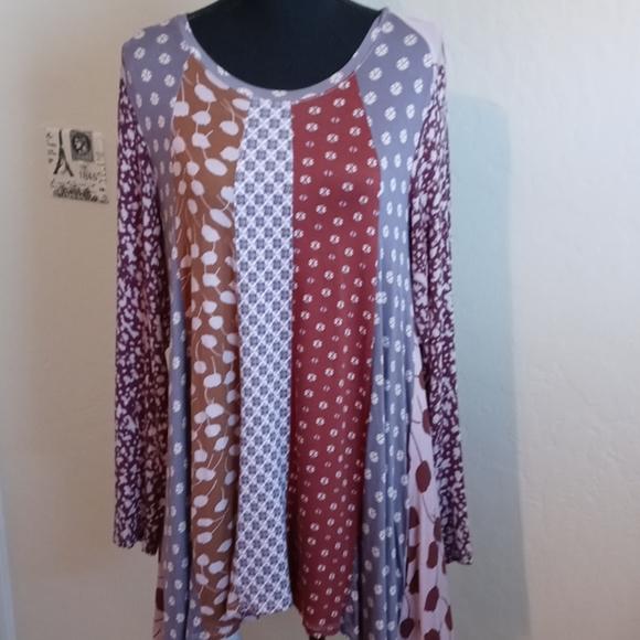 LOGO Women's Long Sleeve Tunic Tee Shirt